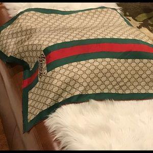 Gucci 100 % Silk Scarf